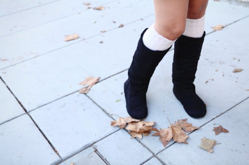 cool leg warmers (via thestyleprojects)