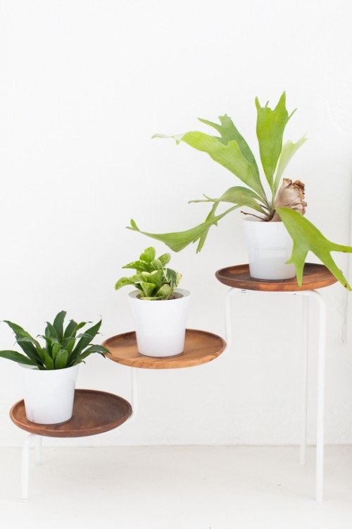 13 Awesome DIY Plant Stands For Your Greenery