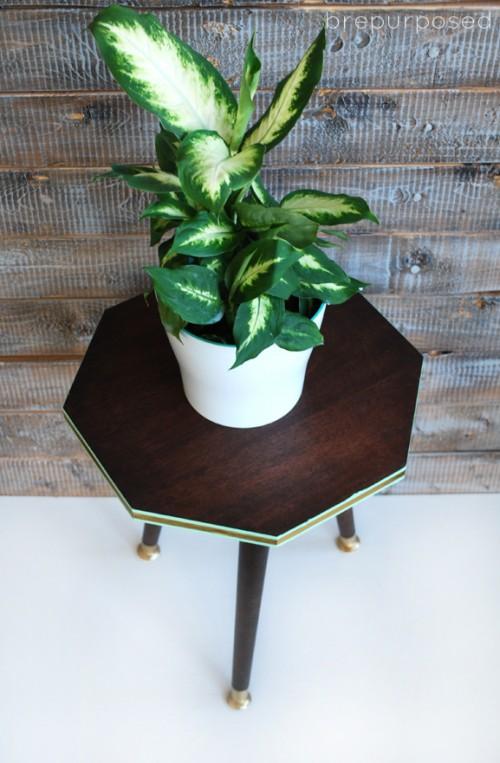 octagon plant stand (via brepurposed)