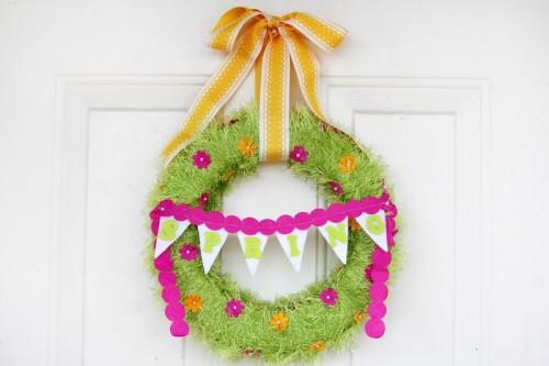 16 Awesome DIY Spring Wreaths