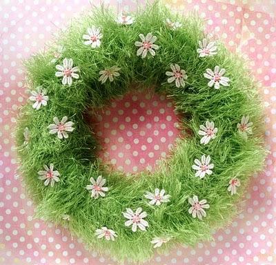 DIY green grass wreath
