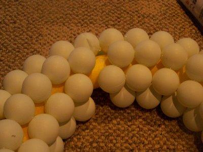 DIY ping pong balls wreath