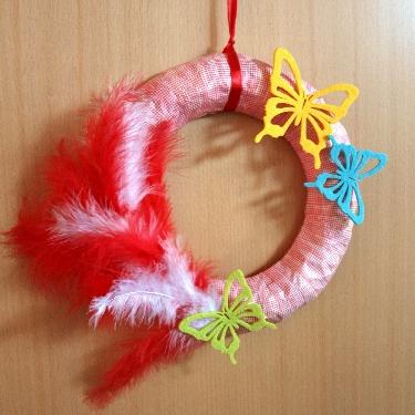 DIY sunny wreath