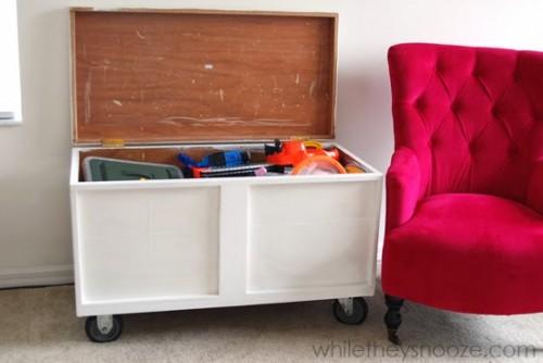 toy box (via whiletheysnooze)