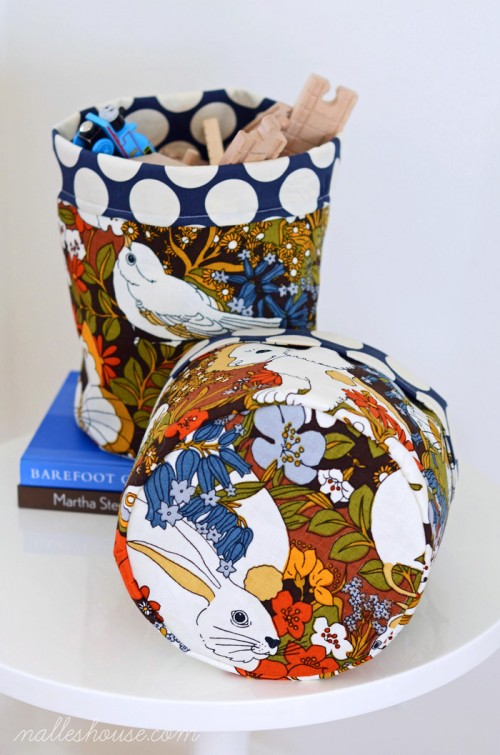 fabric Easter baskets (via nalleshouse)