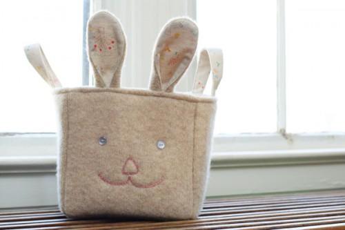 recycled bunny basket (via triedandtrueblog)