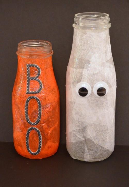 Halloween-inspired bottles (via oneartsymama)