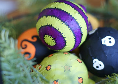 Halloween ornaments (via modpodgerocksblog)