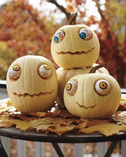 undead pumpkins  (via shelterness)