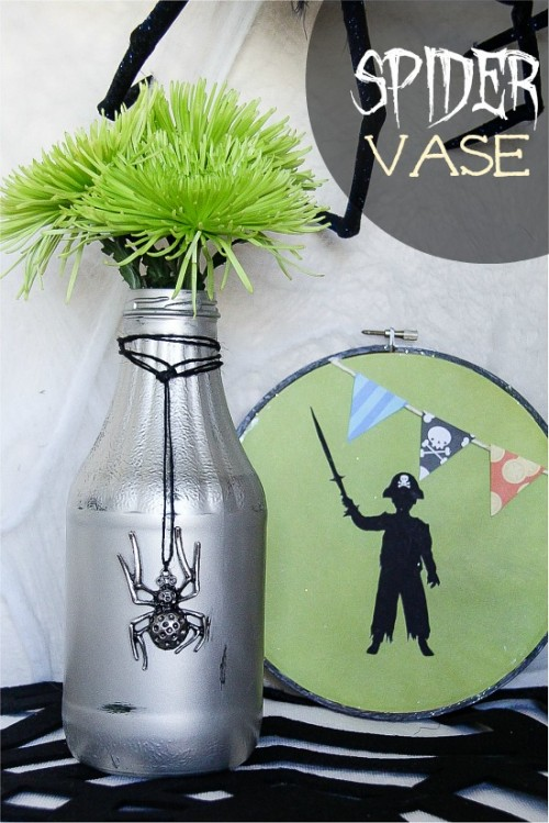 upcycled glass bottle (via thecentsiblelife)