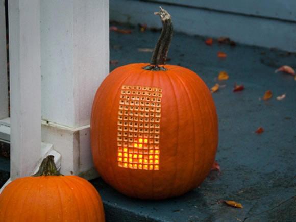 tetris playing pumpkin
