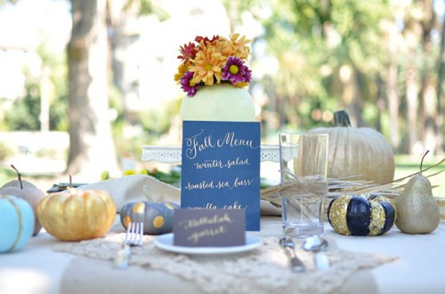 painted pumpkins centerpieces (via greenweddingshoes)