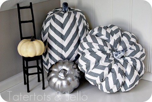 decoupage chevron pumpkins (via tatertotsandjello)