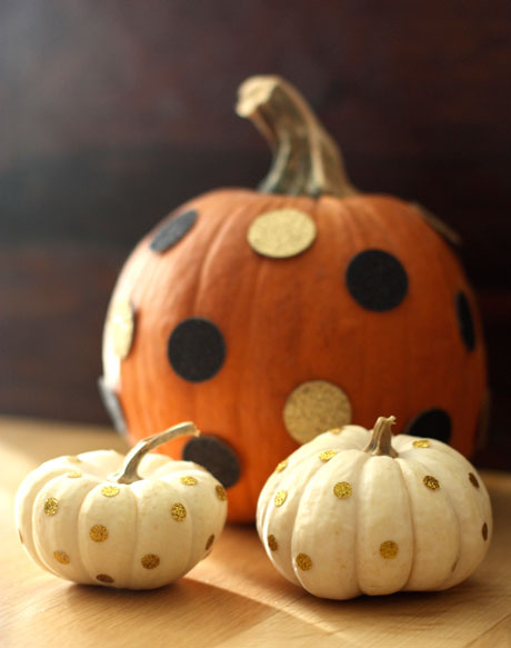 polka dot pumpkins (via thesoho)