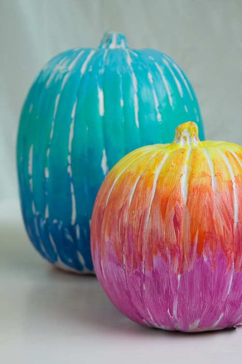 ombre pumpkins (via paperyandcakery)