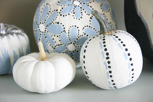 painted pumpkins (via lacquerandlinen)