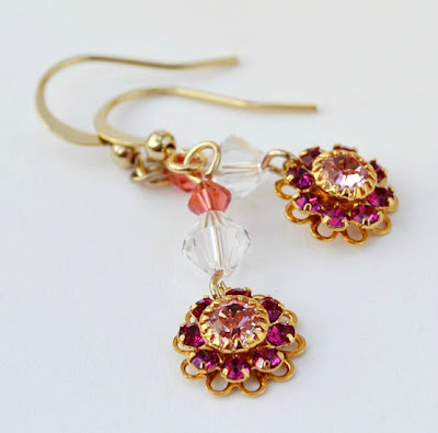 DIY flower earrings (via socksandmittens)