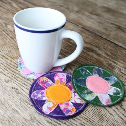 crazy spring coasters (via dosmallthingswithlove)