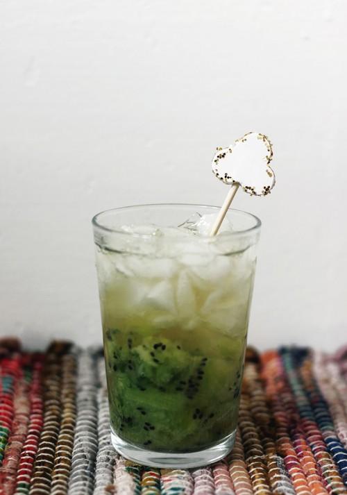 shamrock drink stirrer (via themerrythought)