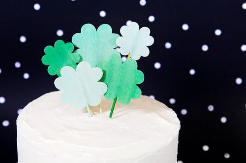 clover cake topper (via sarahhearts)