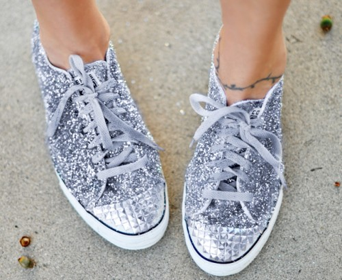 glitter and studded sneakers (via lovemaegan)