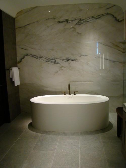 21 cool bathroom backsplash ideas shelterness