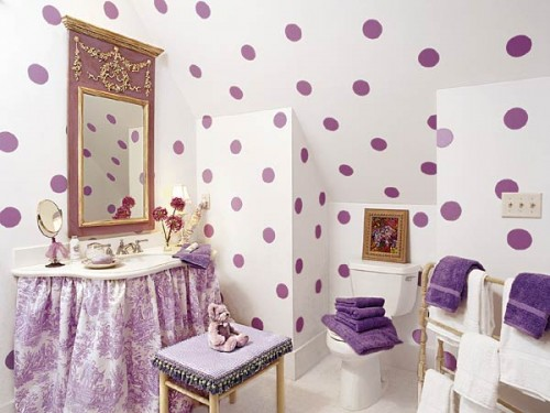 Charmant Bathroom For A Little Girl