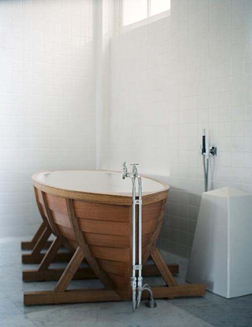 Bathtub Shaped Like A Boat