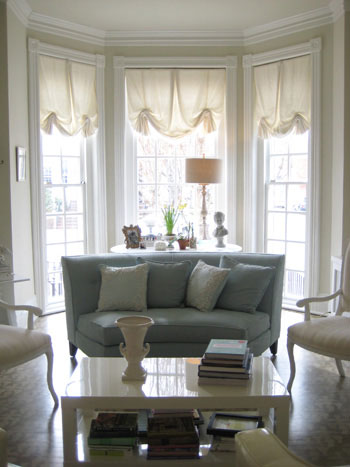 bay window decorating ideas - Bay Window Living Room