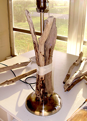 Beach Inspiration 8 Simple Diy Driftwood Lamps Shelterness
