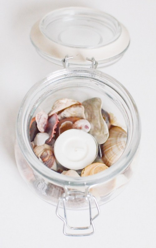 sea treasure candleholders (via psheart)