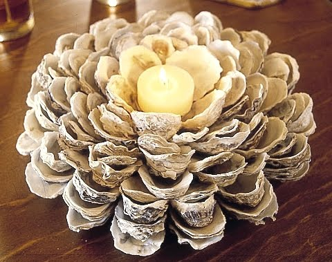 oyster shell candleholder (via completely-coastal)