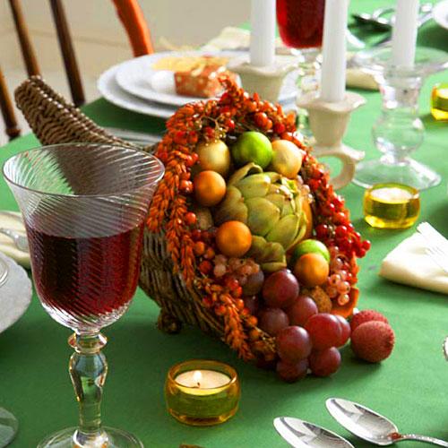 10 Beautiful DIY Cornucopias For Thanksgiving Décor