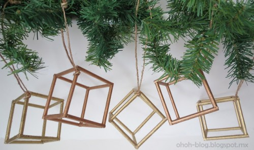 14 Beautiful DIY Gold, Silver And Copper Christmas Tree Ornaments