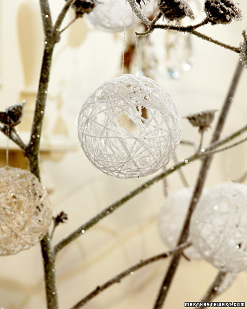 snowy balloon ornament (via marthastewart)