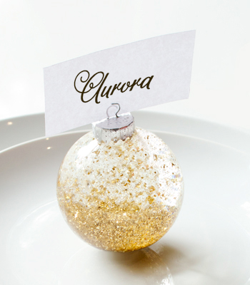 gold glitter ornaments (via confettipop)