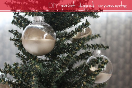 dip dye gold ornaments (via lacquerandlinen)