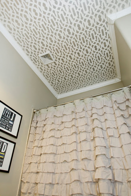 originally painted ceiling (via 4men1lady)