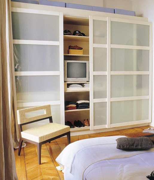 Picture of bedroom storage ideas for Bedroom cabinet designs for small spaces