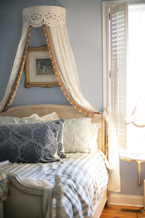 Bed Canopy Designs 27 bedrooms with canopy beds - shelterness