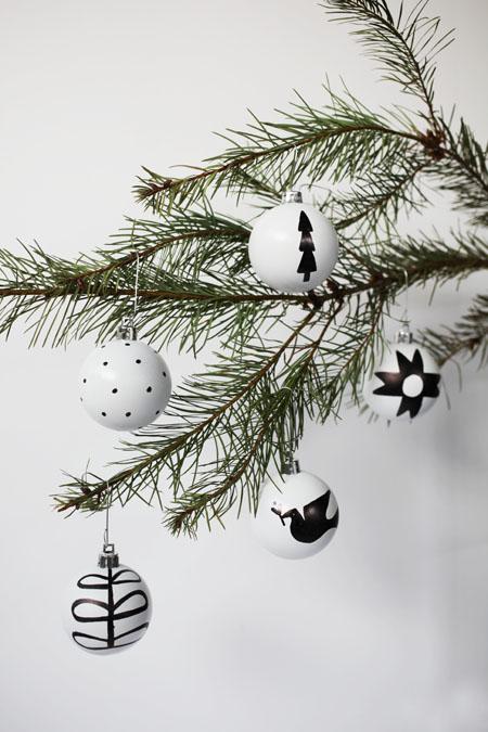 Nordic ornaments (via bravenewhome)