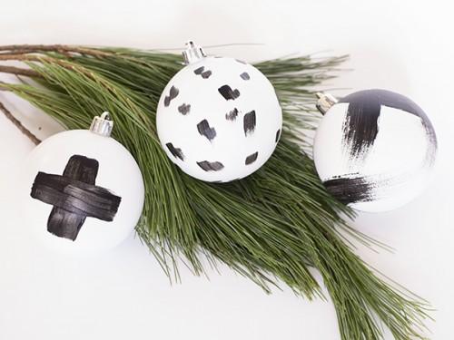 brushstroke ornaments (via cuckoo4design)