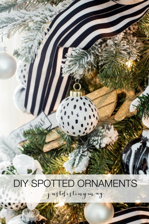 spotted ornaments (via justdestinymag)