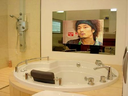 How to fit tv into any interior 25 cool ideas shelterness for Tv miroir salle de bain