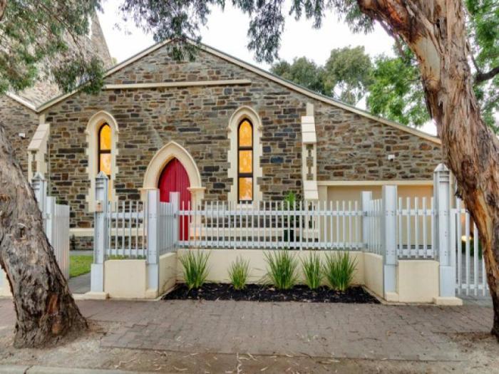 Bluestone Church Transformed Into Contemporary Home