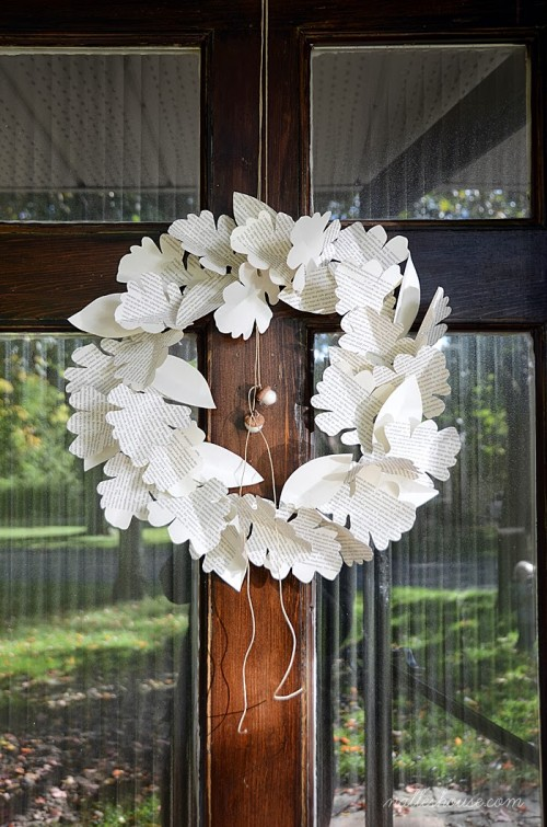 12 Bold And Eye Catching Diy Leaf Wreaths For Fall Decor