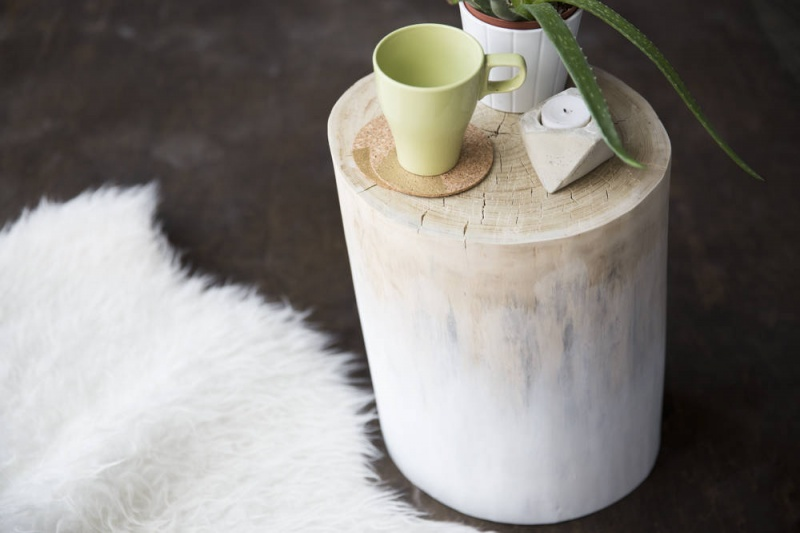 natural ombre stump table