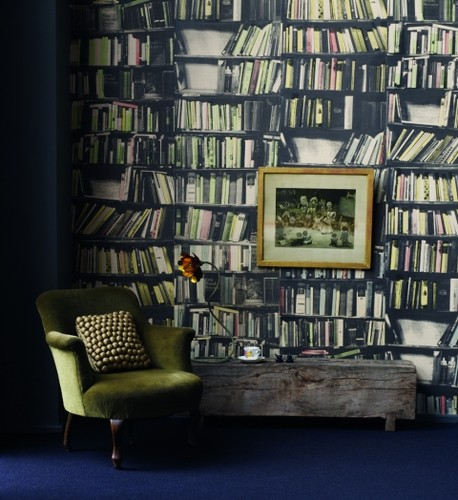 23 Interiors With Wallpapers That Imitate Books Shelterness