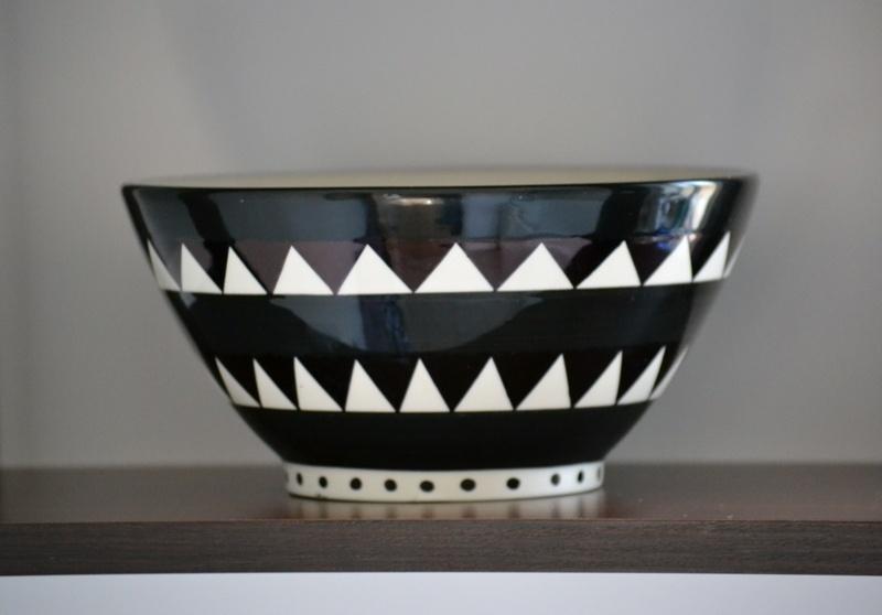 monochrome geometric bowl