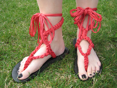 macrame sandals (via blog)